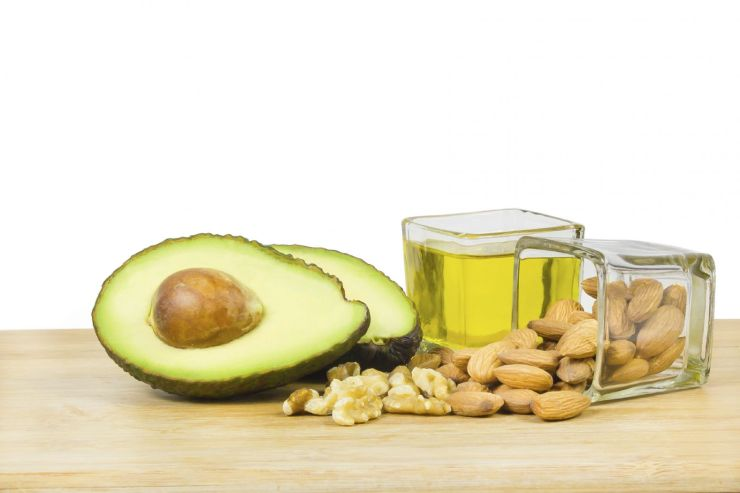 healthy-fats-avocado-nuts-oils